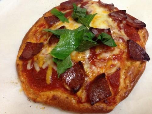 糖質オフのピザを焼いた!本「糖質オフのパスタパンピザ 血糖値が上がらない!やせる!」